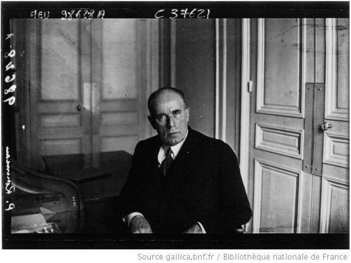 Paul Rousseau pendant sa présidence à la Fédération Française de boxe. Photographie de presse, Agence Meurisse, Gallica BNF